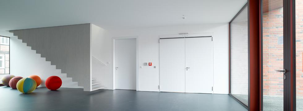 Прочные стальные двери различного назначения