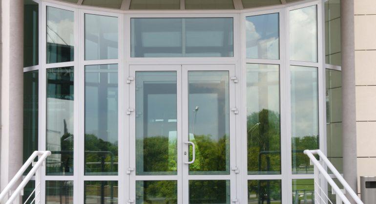 Алюминиевые окна и двери: преимущества