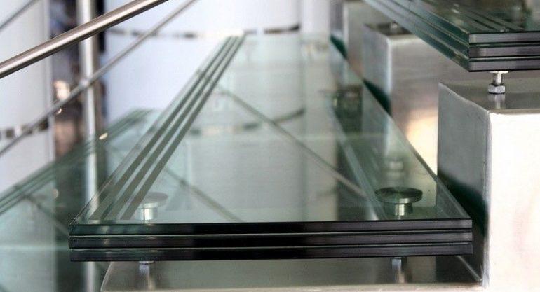 Стекло триплекс – области применения и характеристики материала